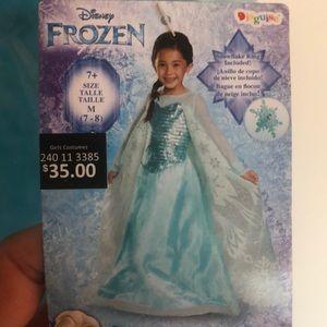 """Disney Frozen  """"Elsa"""". Girls Medium 7-8."""